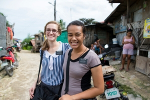 philippines-sister-missionaries-praying-teaching-ridin-1361351-mobile