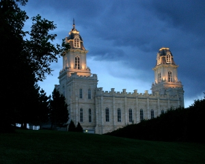 manti-utah-temple-night-1075642-high-res-print