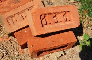 brick-1566327_640